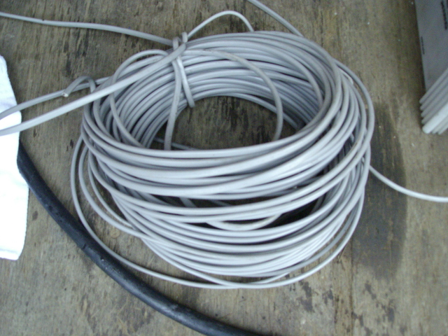 Fケーブル、VVFケーブル、VA、ネズミ線などと呼ばれる電線のスクラップです